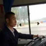 中国大巴司机酷似李宗伟