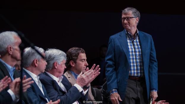 现在人们都知道比尔·盖茨向慈善事业捐赠了280亿美元,但他过去的坏脾气也十分出名。事实上,愤怒和利他主义往往是联系在一起的。-趣闻巴士