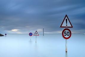 法国一公路每天消失两次