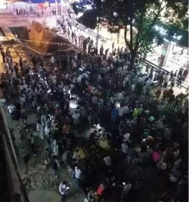 云南腾冲火了:全民上街寻宝挖翡翠