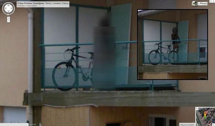 法国一个寓所露台被马赛克遮盖,增加了不少神秘感。