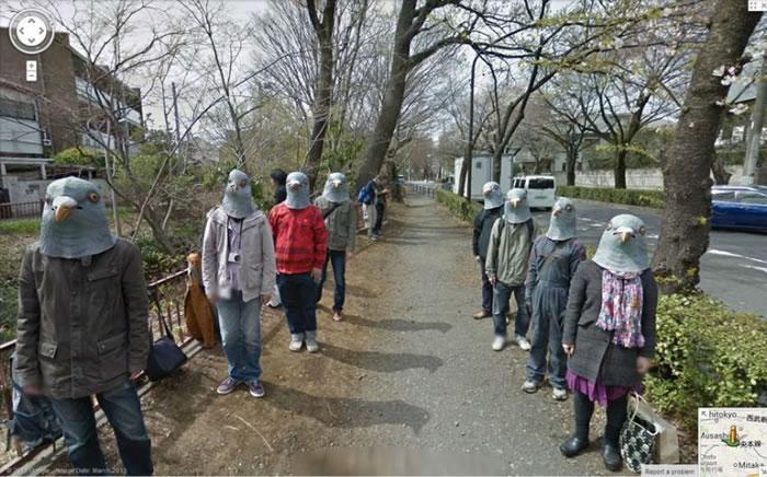 有人在日本街头扮白鸽。