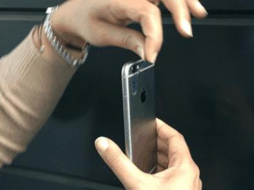 一张小塑料片让手机变显微镜