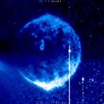 NASA照片惊现太阳前一神秘蓝色巨球