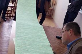 俄大学生做3米长小抄 老师都不知道他要怎么用