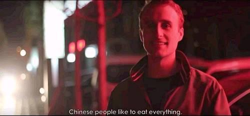 """(他表示""""中国人都是大吃货"""")"""