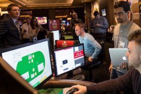 人工智能战胜德州扑克顶尖选手 看不到底牌更具挑战性