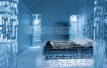 北极圈体验冰雪旅馆  建造宏伟如宫殿