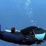 地震时潜水员拍到海底恐怖景象