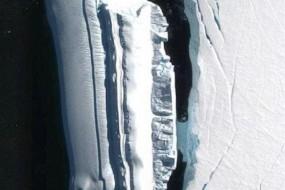 UFO猎手在南极又有新发现 怪异冰山不同寻常