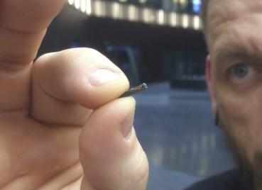 美国公司给员工植芯片 扫描手掌就可完成工作