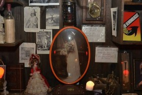 美灵异博物馆藏品诡异 每晚九点开门