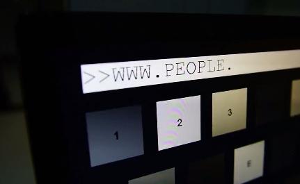 清华大学展示神技能:用意念回复微信 彻底放飞双手-趣闻巴士