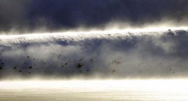 市民拍到罕见奇观幽灵雪海啸