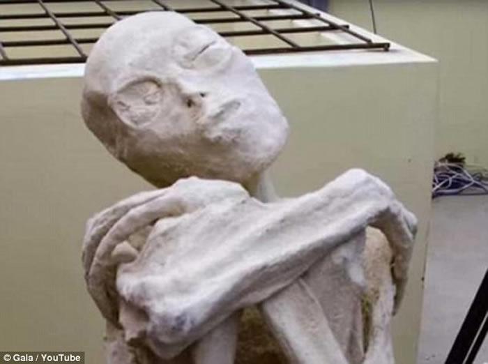 秘鲁古城发现的怪异木乃伊 俄罗斯科学家称确实是外星人-趣闻巴士