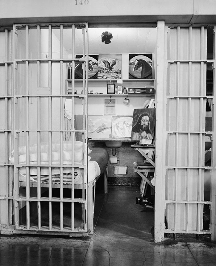 """二十世纪最恐怖森严的监狱——美国""""恶魔岛""""-趣闻巴士"""