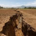 肯尼亚地表大裂缝 非洲大陆可能裂开