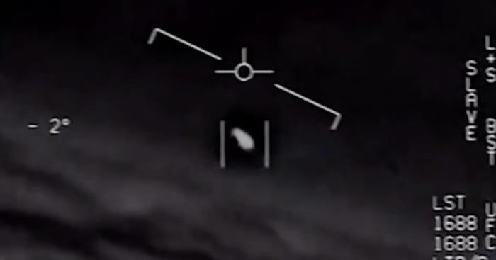"""美国五角大楼泄漏的报告透更多细节:UFO曾""""跟踪""""尼米兹号航母战斗群数天-趣闻巴士"""