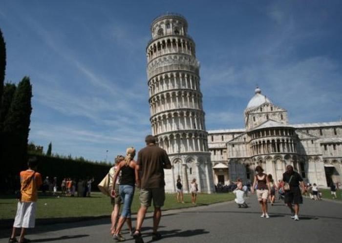 意大利科学家揭比萨斜塔不倒之谜 塔底软土成抗震关键-趣闻巴士