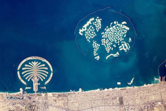 迪拜世界岛成最大烂尾工程:耗资800亿 买主自杀