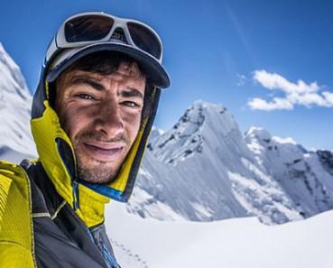 极限滑雪者挑战欧洲垂直绝壁巨魔墙